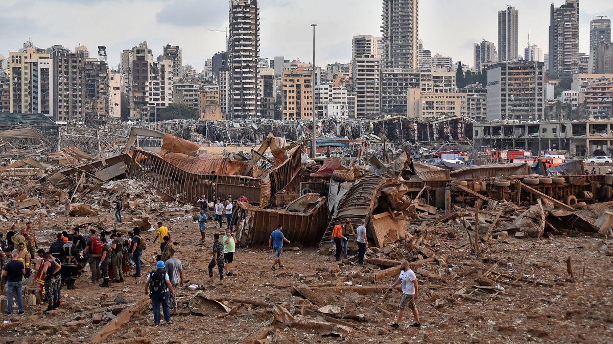 We #PrayForBeirut as huge explosion rocks Lebanese capital killing over 130  | Step FWD UK Christian Chart